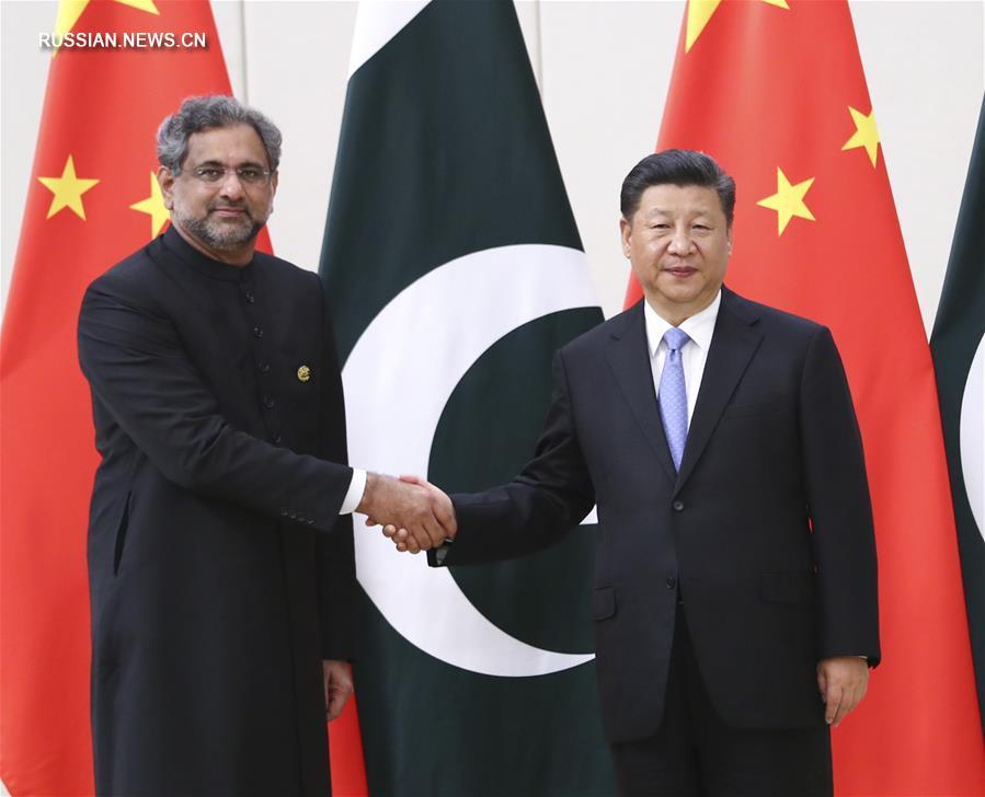 Си Цзиньпин встретился с премьер-министром Пакистана