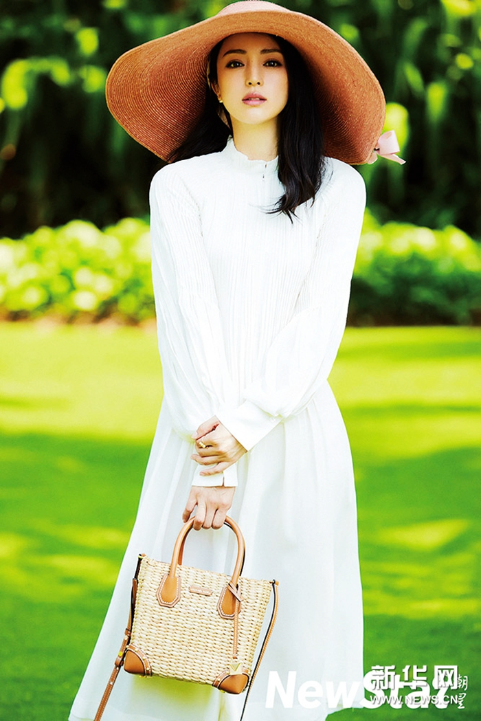 Дун Сюань в модных фото