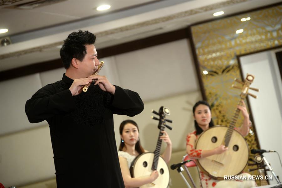 Концерт в Пешаваре по случаю 67-летия установления дипотношений между Китаем и Пакистаном
