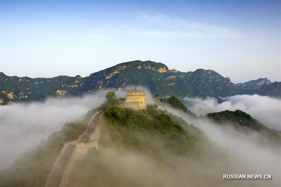 Пейзажи участка Хуанъягуань Великой китайской стены
