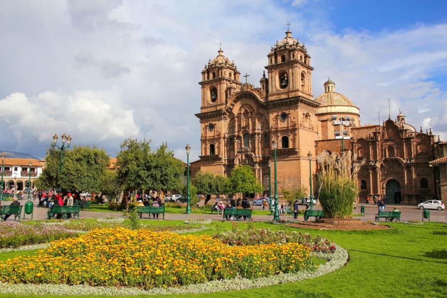 Самые красивые площади в мире по версии испанских СМИ