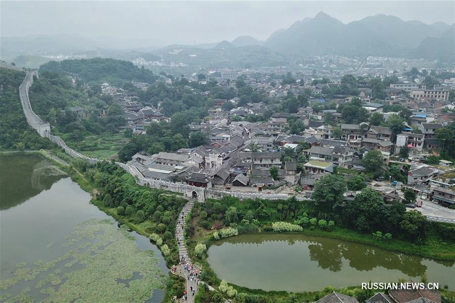 Живописные летние пейзажи древнего поселка Цинъянь