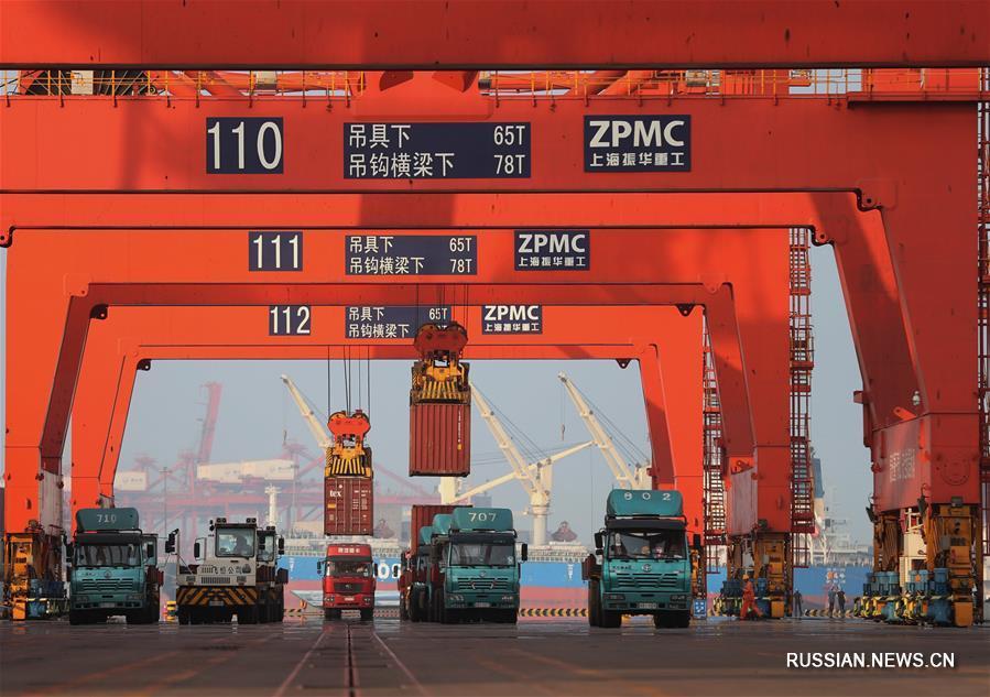 За первые шесть месяцев 2018 года грузооборот Таншаньского порта превысил 300 млн тонн