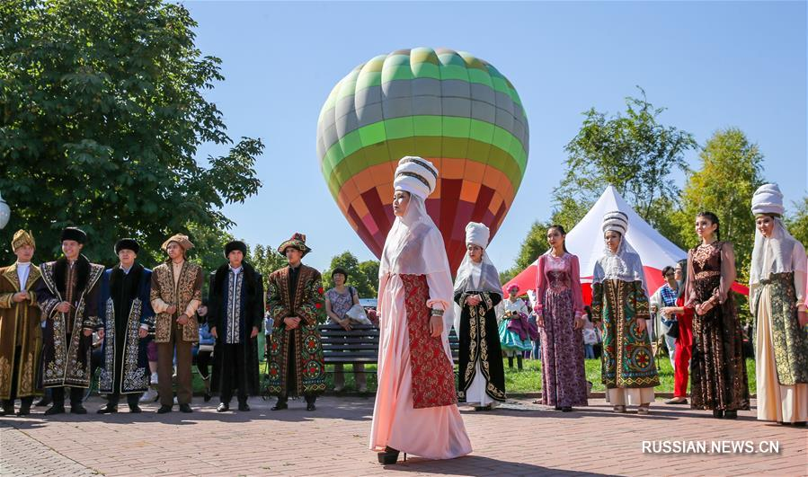 В Алматы прошел Фестиваль яблок