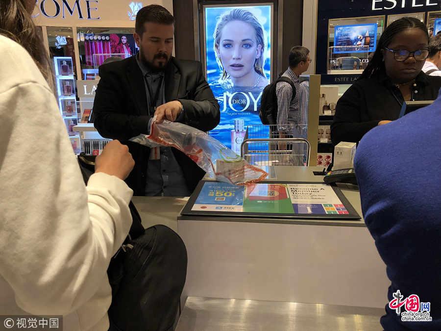 Alipay теперь в магазинах в аэропорту Лос-Анджелеса