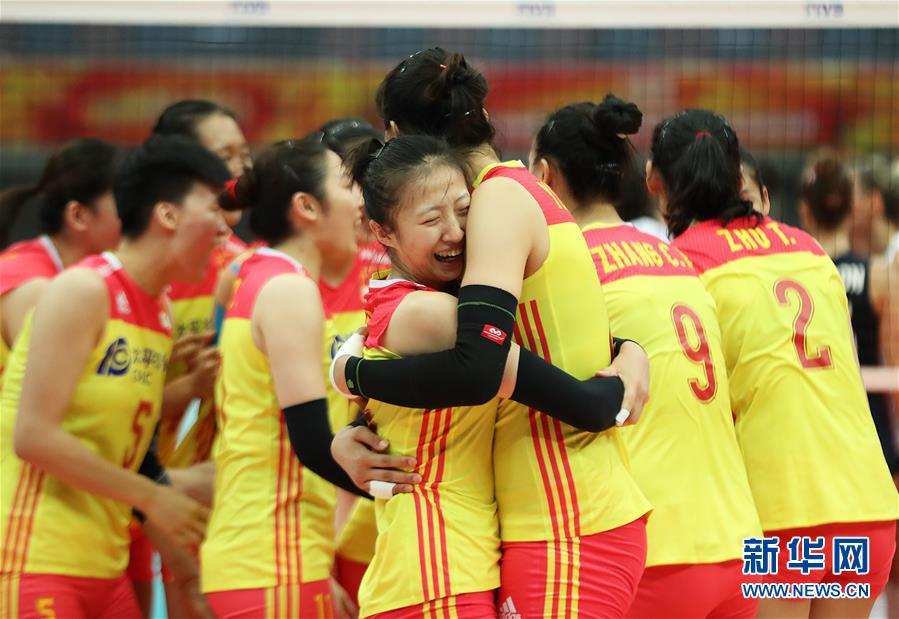 ЧМ по волейболу среди женщин: сборная Китая разгромила американок и гарантировала место в финале шести