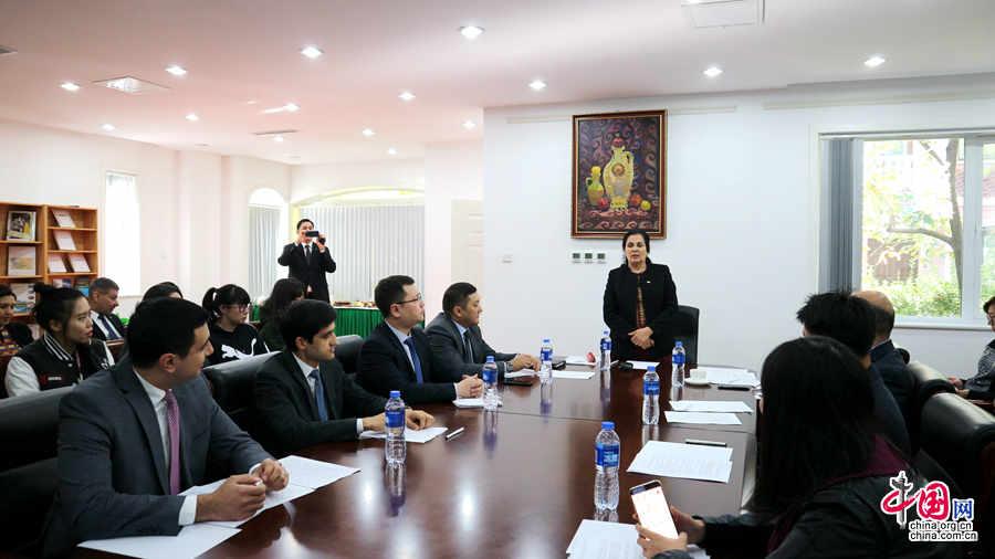 Посол Туркменистана в Китае рассказала об итогах первого заседания Халк Маслахаты в Туркменистане и инициативах, выдвинутых Президентом Туркменистана на 73-й сессии Генассамблеи ООН