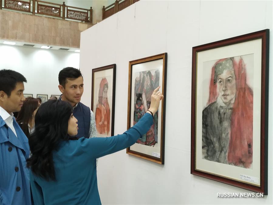 В Академии художественных наук Узбекистана сегодня состоялась церемония открытия художественной выставки китайской живописи.