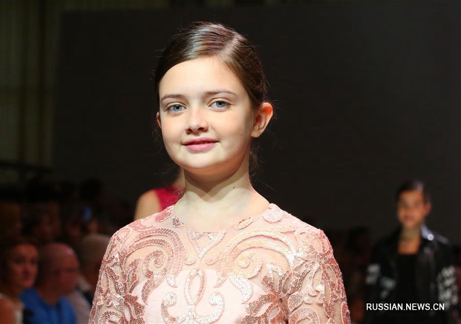 Показ детской одежды дизайнера из Москвы Асмик Геворгян в Минске