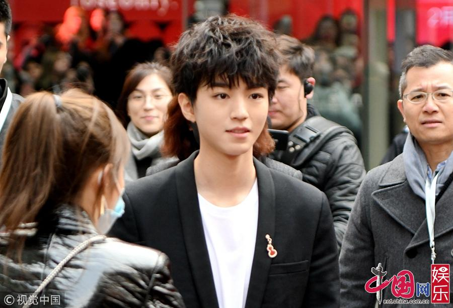 Фото: Ван Цзюнькай на коммерческом мероприятии
