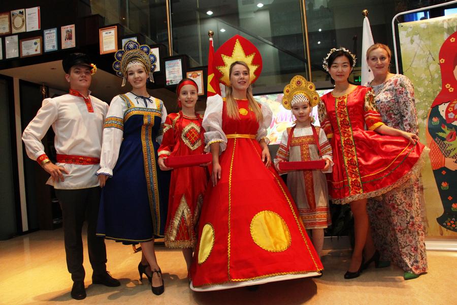 В Российском культурном центре в Пекине состоялось мероприятие, посвященное Масленице и Международному женскому дню
