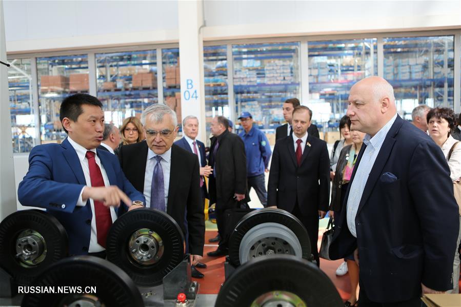 Участники международной парламентской конференции Группы поддержки Шелкового пути ПА ОБСЕ посетили Китайско-белорусский индустриальный парк