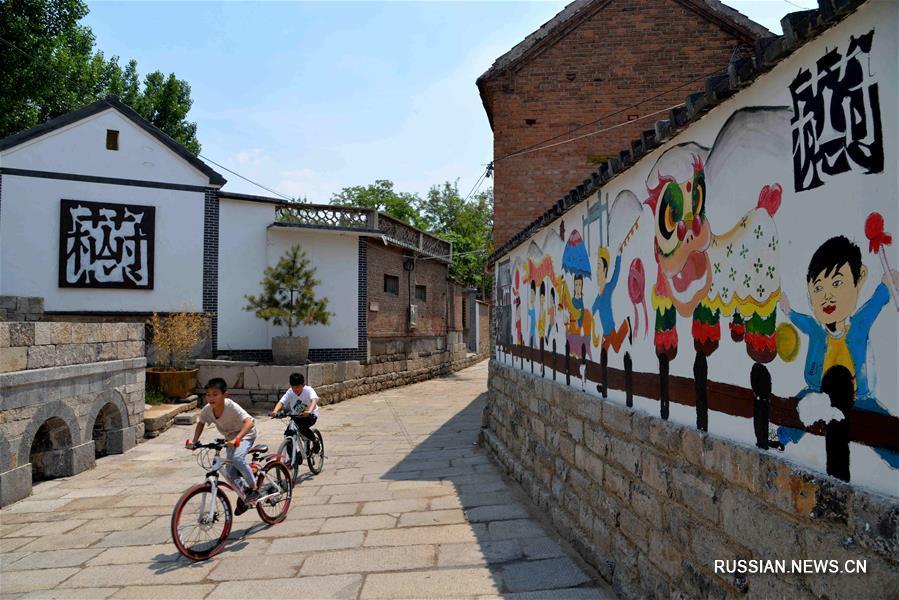 Город Цзинань /провинция Шаньдун, Восточный Китай/ усиливает охрану старых улиц, чтобы привлечь больше туристов.
