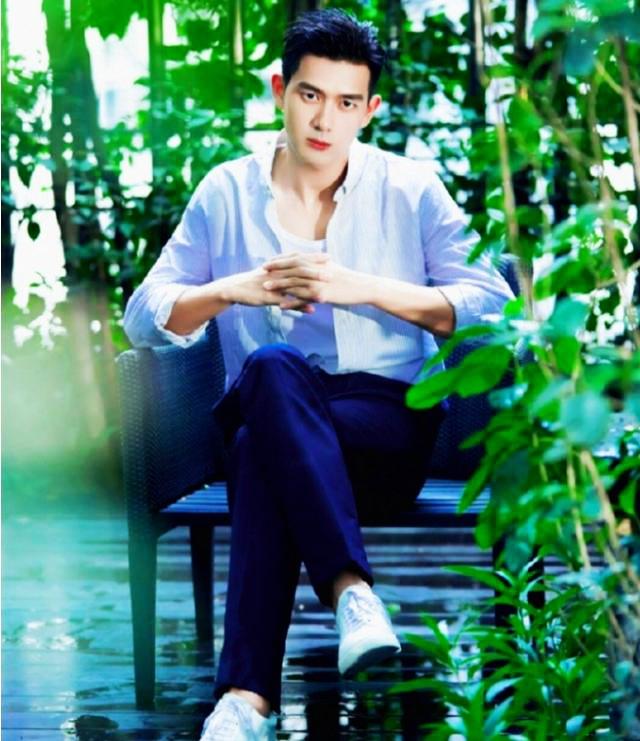 Ли Сянь в последних фото