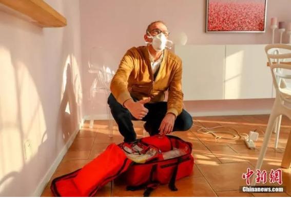 Французский врач: я – доктор, решивший остаться в Ухане