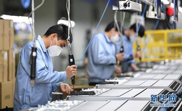 Поднажмем! ИноСМИ: многие инициативы, предпринятые Китаем, гарантируют упорядоченное восстановление работы предприятий