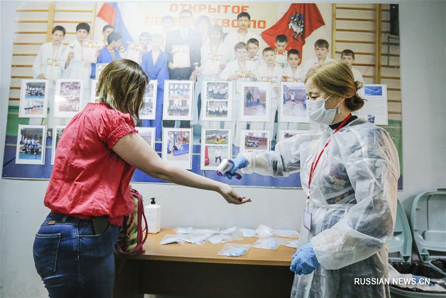 В России проходит всенародное голосование по поправкам к Конституции