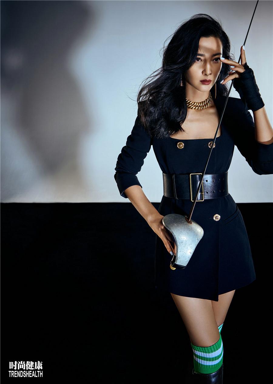 Известная звезда Китая Ли Бинбин
