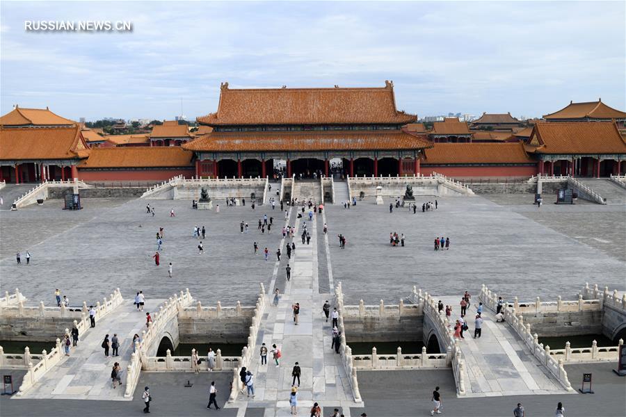 В Пекине открылась выставка, приуроченная к 600-летию со дня основания Запретного города