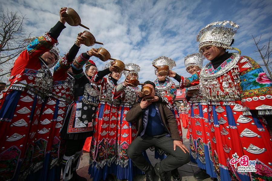 Как лондонский редактор стал главой туристической волости китайской провинции Гуйчжоу