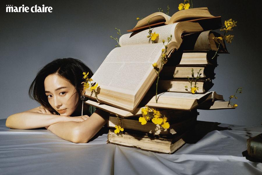 Тайваньская звезда Чжан Цзюньнин в стиле ретро