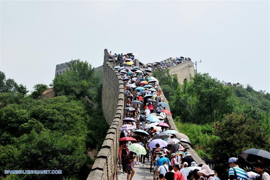 CHINA-BEIJING-VERANO-GRAN MURALLA