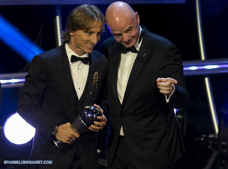 (体育)(1)足球——莫德里奇当选2018年国际足联世界足球先生