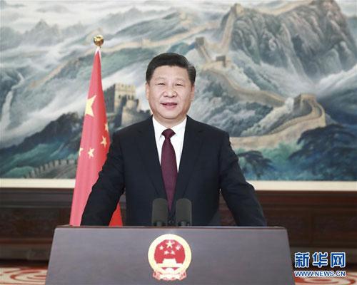 2016年12月31日,中国国家主席习近平发表新年贺词,向全国人民送去新年祝福。 [新华社]