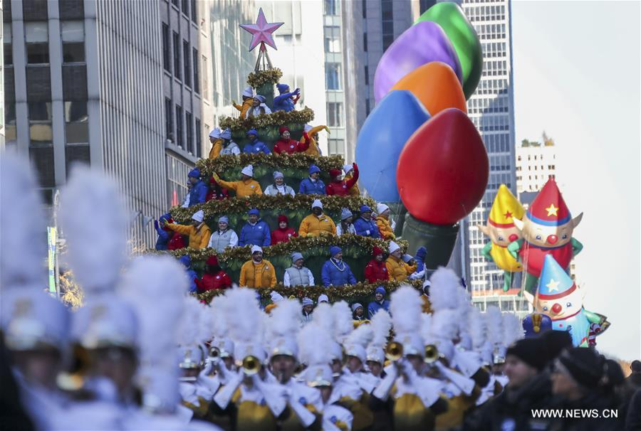 the float of macys singing christmas tree is seen during the 2017 macys thanksgiving day parade in new york the united states on nov 23 2017