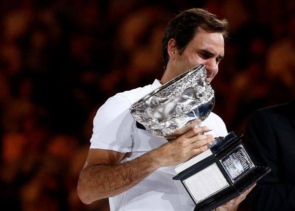 Weeping Federer hails emotional 20th grand slam title