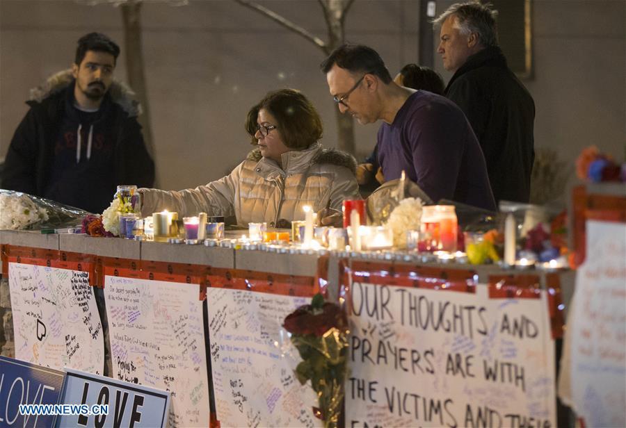 10 killed as van plows into crowd on Toronto sidewalk