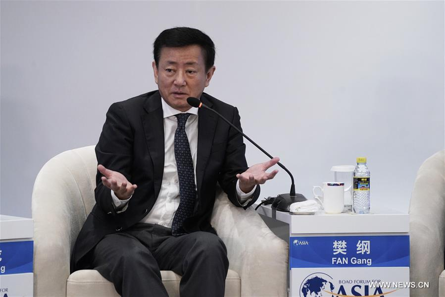 "Fan Gang, president of China Development Institute and professor of economics of Peking University, speaks at the session of ""The Asian Economy: Systemic Risks & Structural Reforms"" during the Boao Forum for Asia Annual Conference 2018 in Boao, south China's Hainan Province, April 9, 2018. [Photo/Xinhua]"