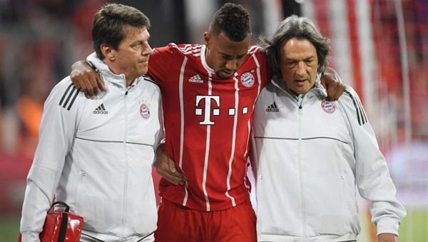 Bayern's Boateng sidelined with adductor muscle injury