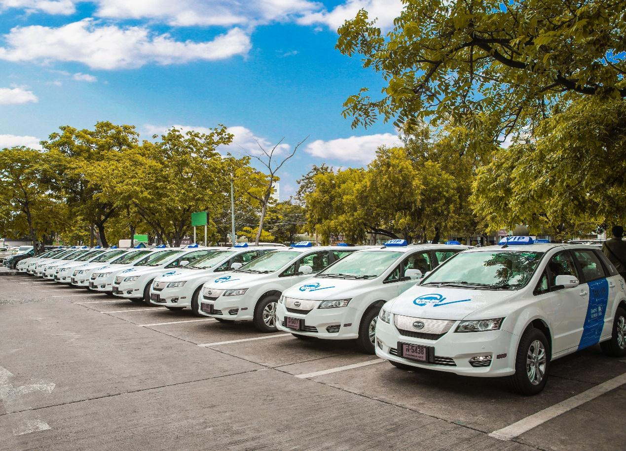 The delivery of 101 BYD e6 cars to Thailand is the nation's largest ever import of pure electric vehicles [Photo courtesy of BYD]