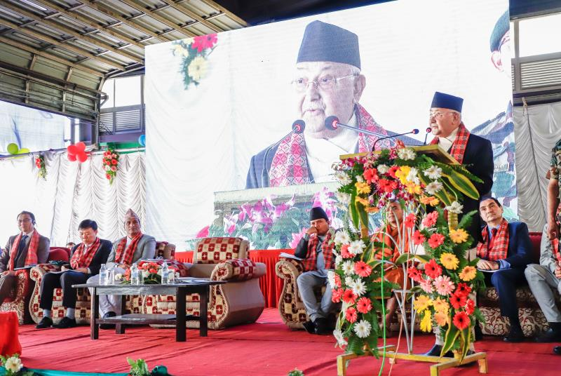 Nepal's Prime Minister KP Sharma Oli makes a keynote speech during the handover ceremony of the five pure electric C6 buses in Kathmandu on Oct, 23, 2018. [Photo courtesy of BYD]