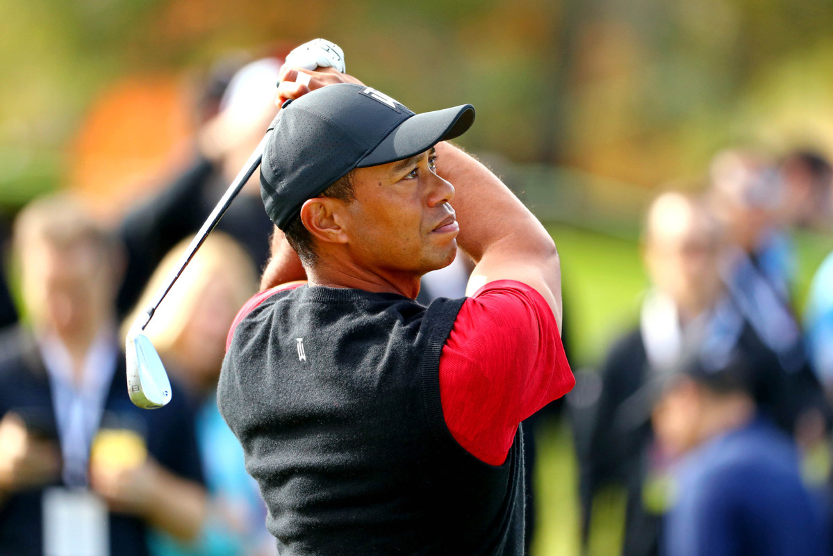 Woods spared penalty because of high-tech video evidence