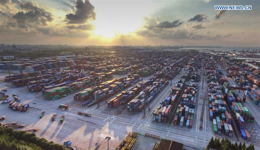 China's foreign trade to remain steady in 2018: report