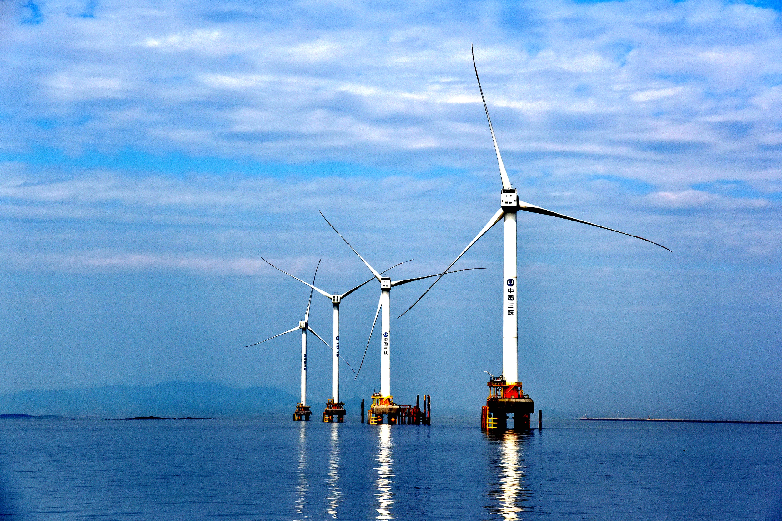 Marching toward the sea: Exploration of offshore wind power