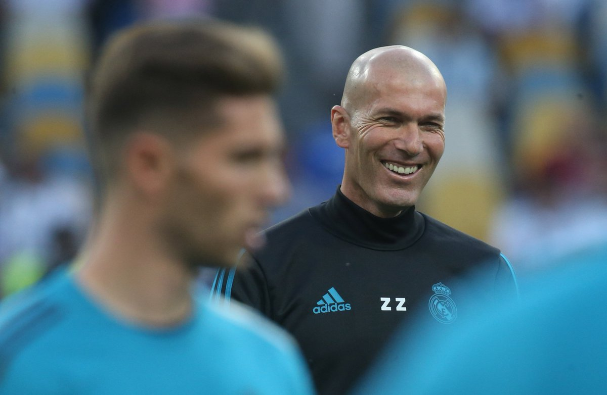 Zidane makes sensational return to Real Madrid