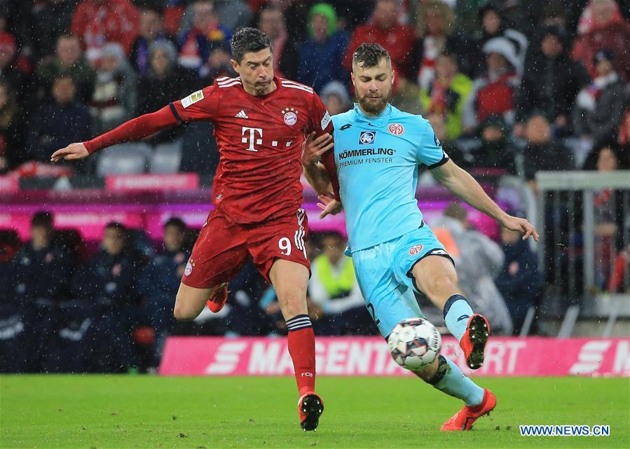 Bayern Munich back on top after 6-0 rout of Mainz