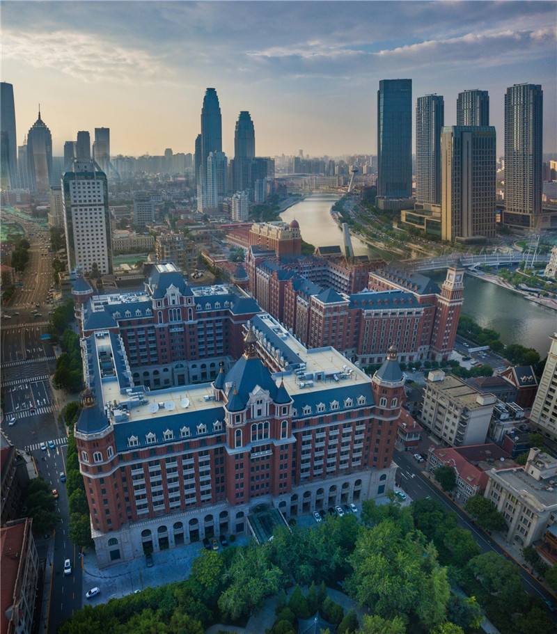 American photographer takes shots of Tianjin landmarks - China org cn