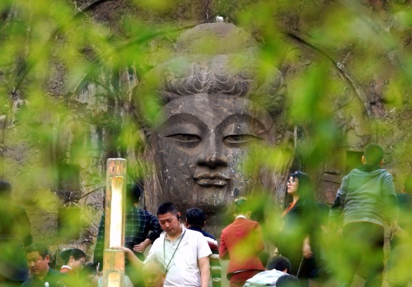 China's Longmen Grottoes introduces full-coverage 5G network