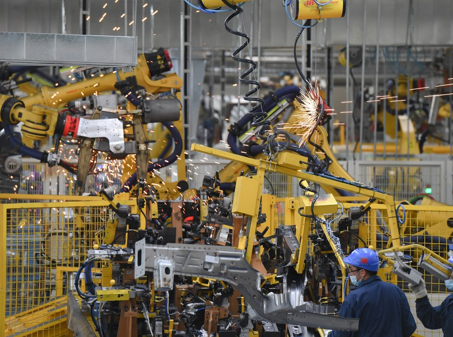 China's industrial profits up 19.1% in August_china