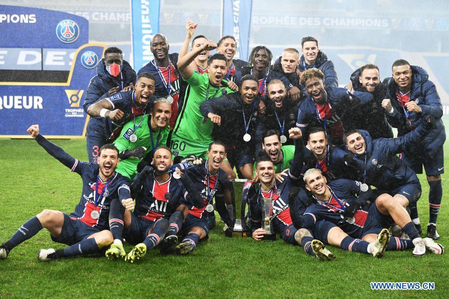 Returning Neymar helps PSG to Champions Trophy triumph